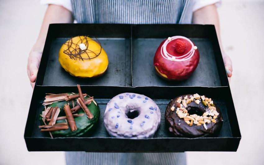 Goûtez les délicieux donuts de la Donuteria lors de votre EVJF